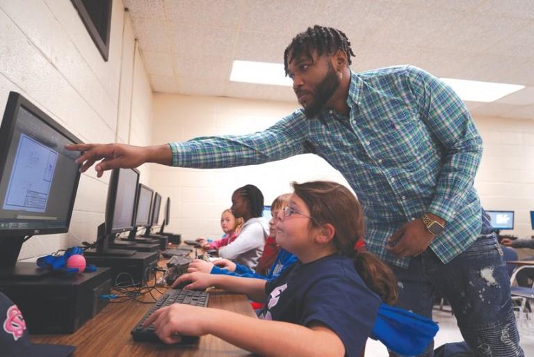 Sumter's Bates Middle School earns national STEM certification image